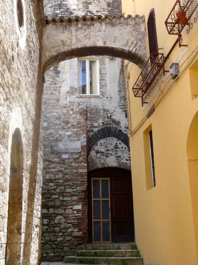 Spoleto: a great place to meander and recharge the batteries