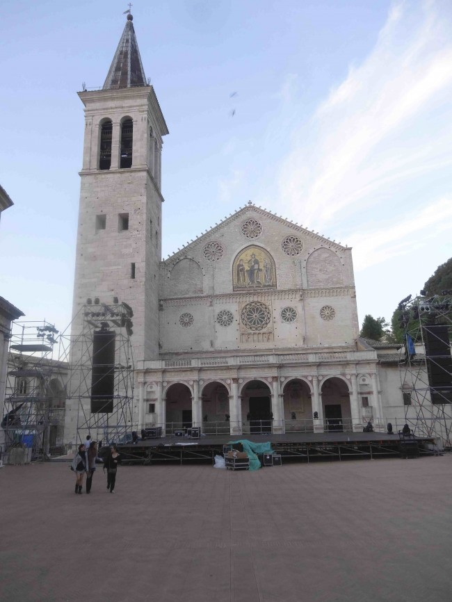 The plaza in front of Cathedral of Santa Maria dell Assunta is one of the preferred outdoor venues