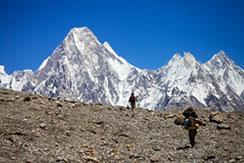 K2 e os lacaios invisíveis