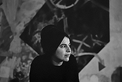 O pós-minimalismo de Eva Hesse