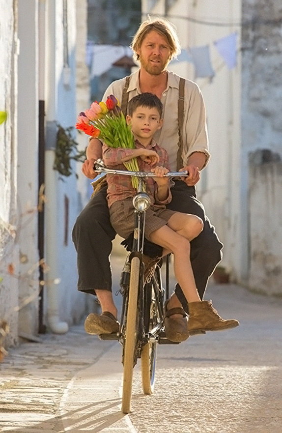 Tulipani: Liefde, Eer en een FietsTulipani: amor, honra e uma bicicleta