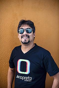 Leo Googod, Paulo Rodrigues