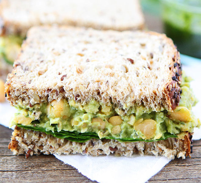 Smashed-Chickpea-Avocado-and-Pesto-Salad-Sandwich-4