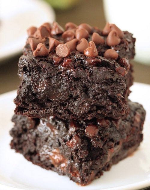 chocolate-zucchini-brownies-2-650x975