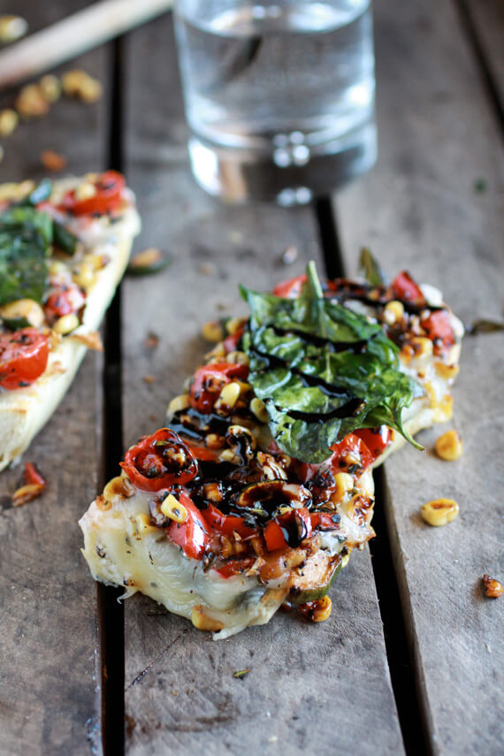 Easy-Crispy-Basil-Caramelized-Garden-Vegetable-+-Fontina-French-Bread-Pizza-12