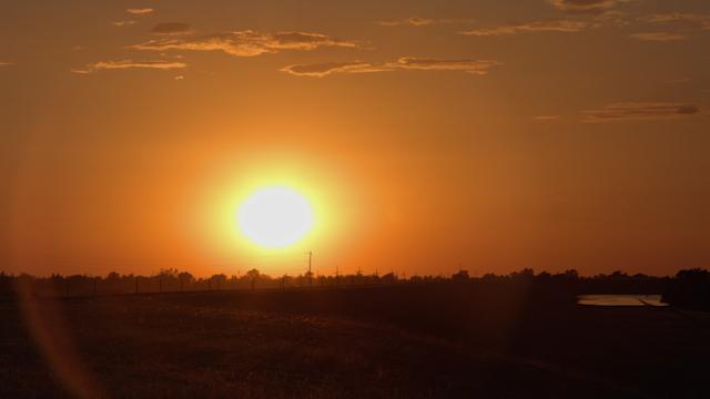 A golden sunset illuminates a landscape thumbnail