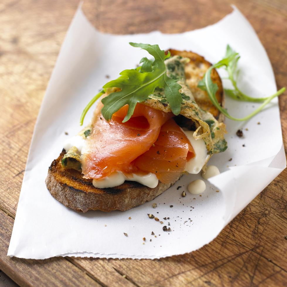 l012-smoked-salmon-omlette-jpg