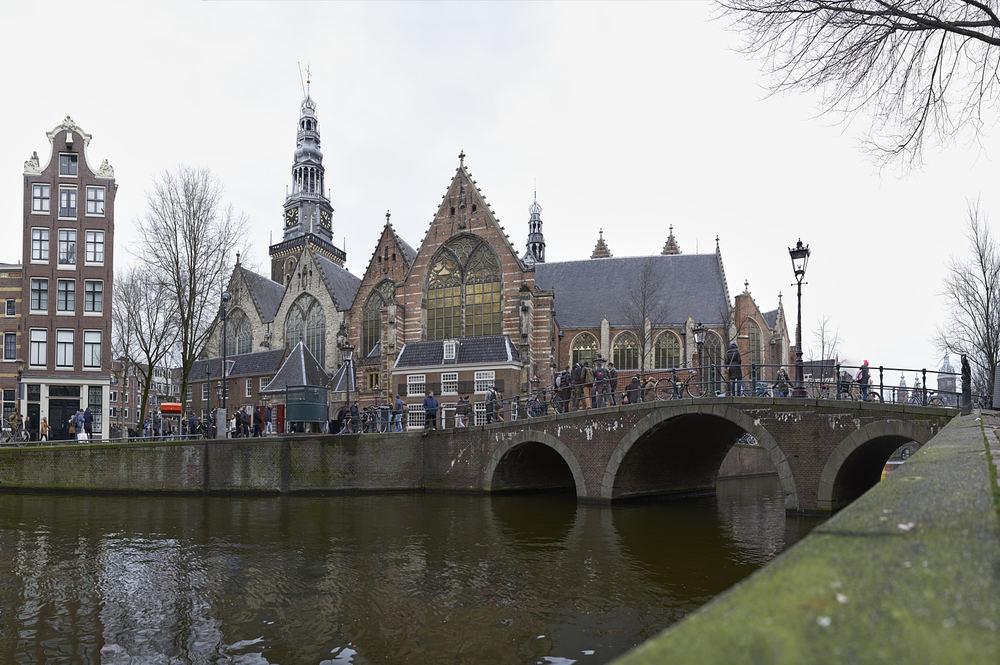 oude_kerk_amsterdam-jpg