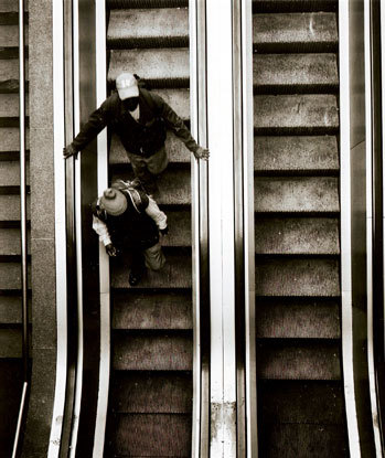 escalater-at-cape-town-train-station-jpg