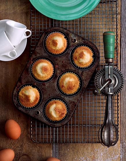 0135_2_baking_above-jpg