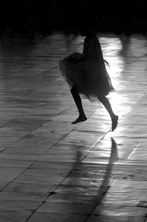 0000_584dancing_girl_taj-jpg