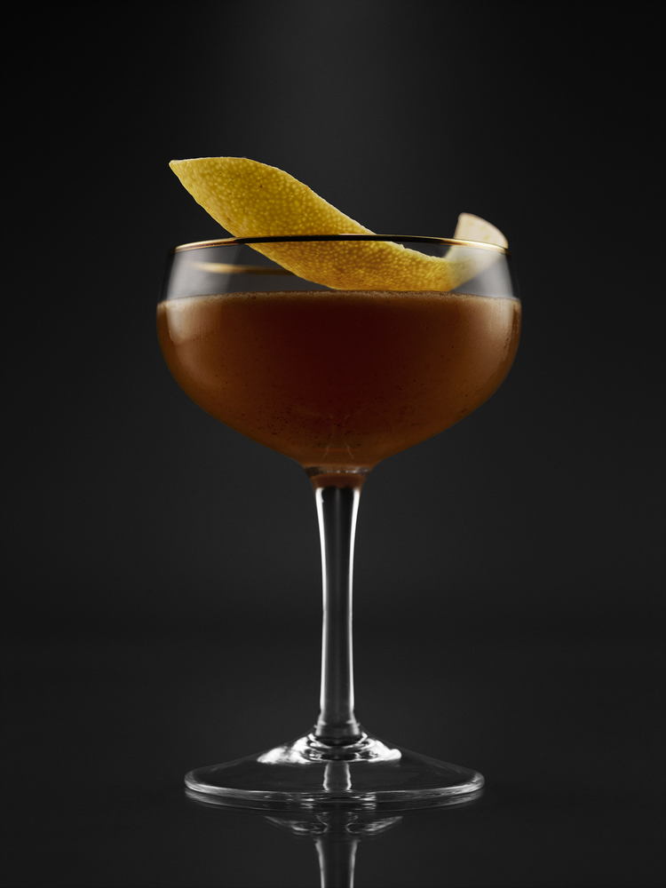 meehans-manual-cocktail124855_witch-s-kiss_02mt-jpg