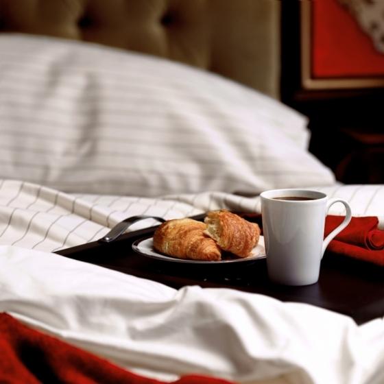 0167_36_breakfast_in_bed_2-jpg