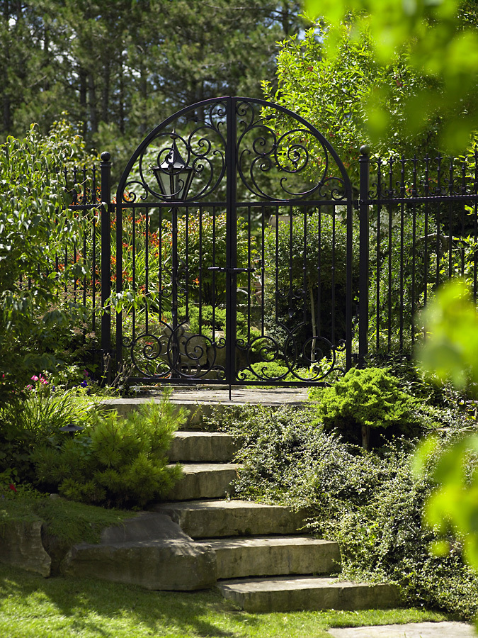 garden-gate-cf008682_07-090-jpg
