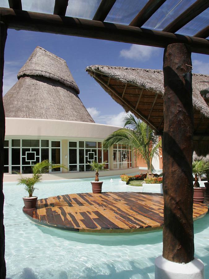 pool-deck-mg_8509-jpg