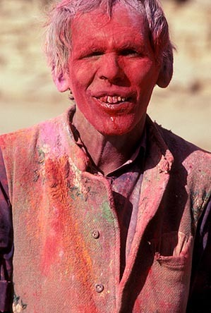 0029_256zombie_holi_color_man-jpg
