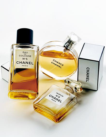 k-stilleben-chanel-perfumes-jpg