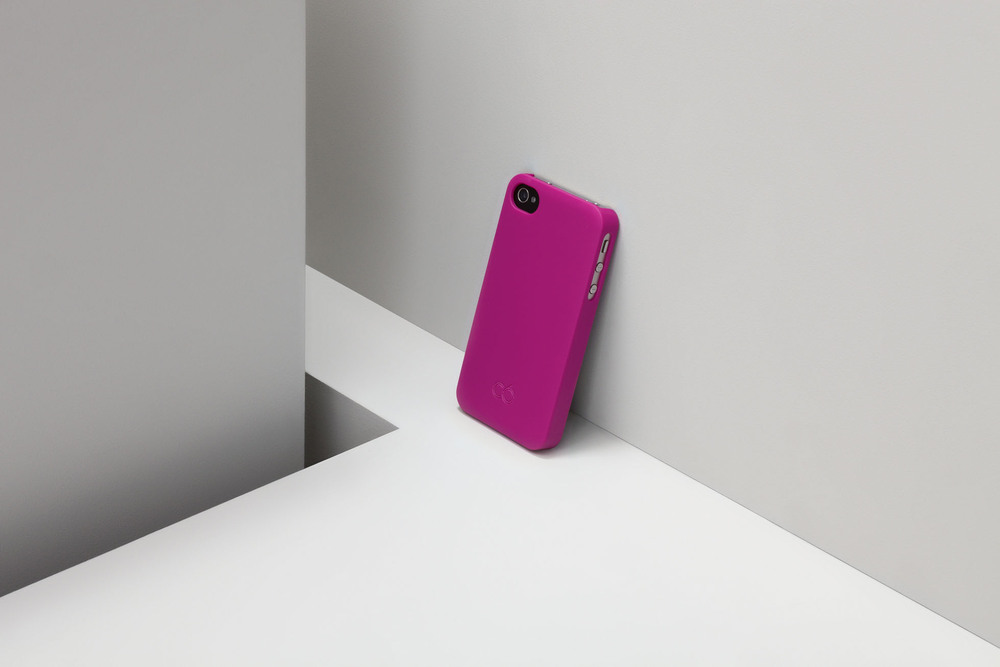 lores_phones_pink_fin_rgb_webonly-jpg