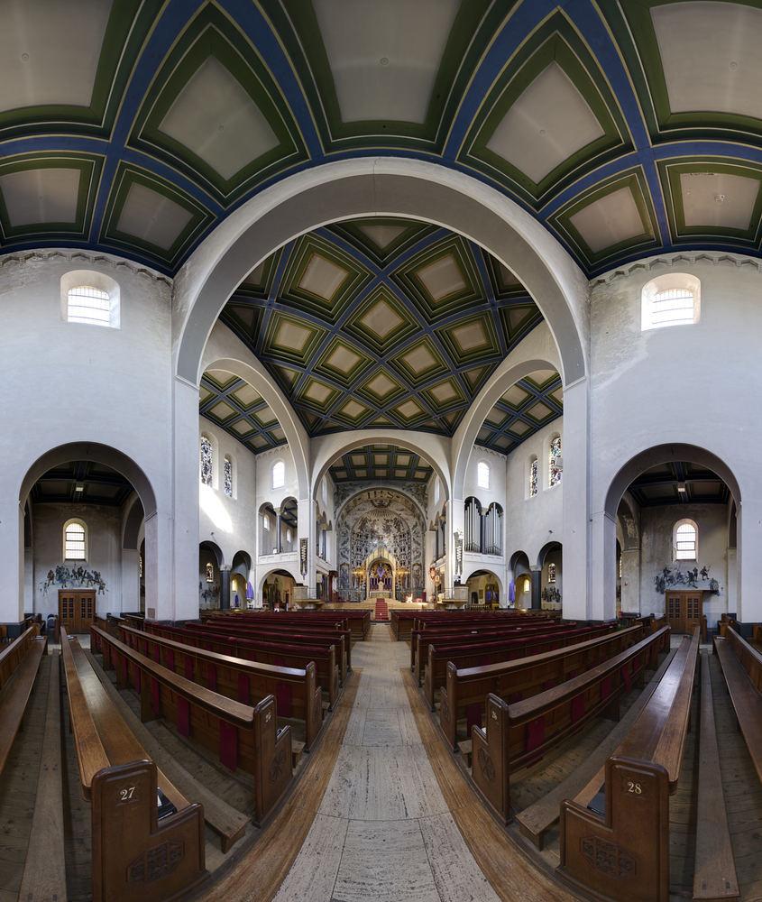 sintagneskerk_interieur-jpg