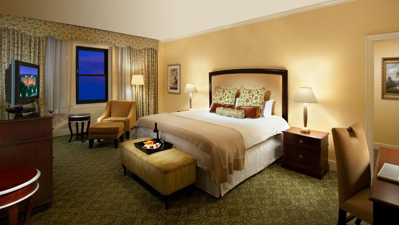 wassho-omni-shoreham-hotel-deluxe-room-2