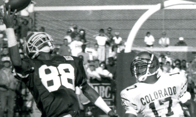 CFB Flashback: 30-Year Anniversary — Illinois Scores Late to Stun Colorado, 23-22