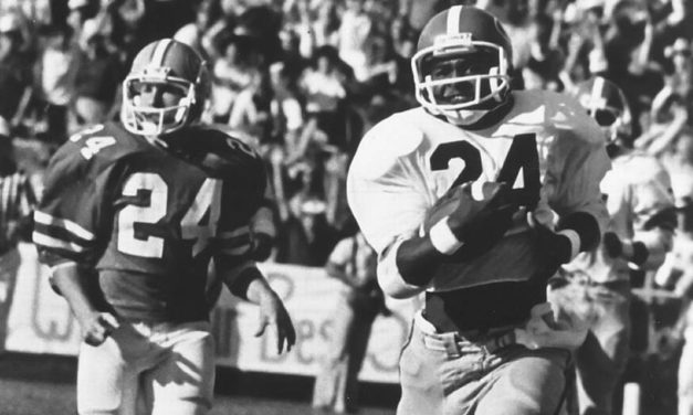 CFB Flashback: 40-Year Anniversary — Lindsay Scott's Improbable Late TD Keeps Georgia Undefeated