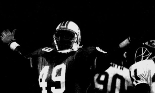 30-Year Phiniversary: Dolphins Score Two TDs in Fourth to Stun Chiefs in Wild Card Game