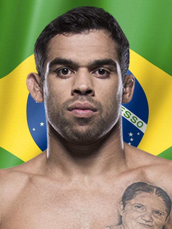 Photo of Renan Barao