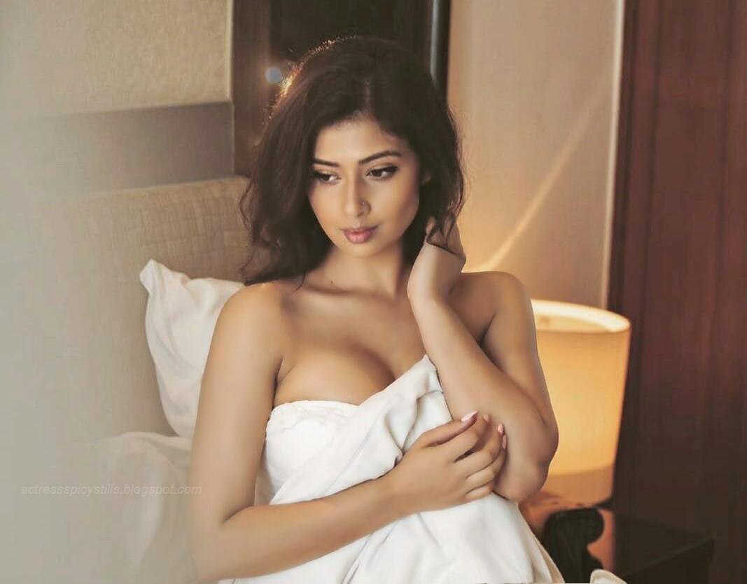 Sameera Bangera Hot Bikini Stills   Posts by kishore9