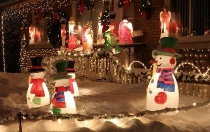 Kitschige-Weihnachtsdeko-cut