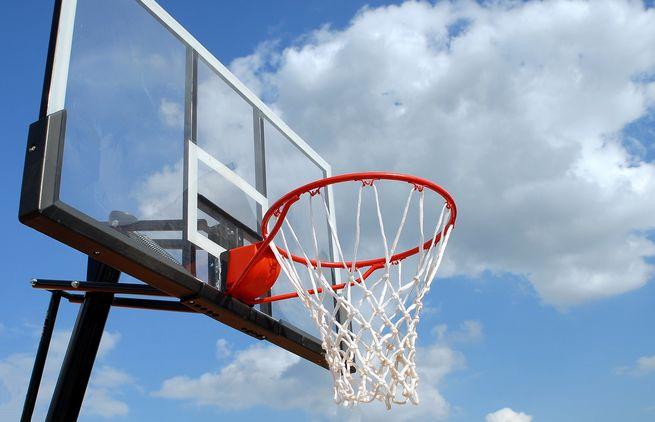 Basketballkorb-Himmel