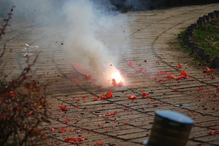 Produkthaftung-Feuerwerkskoerper-gross-02