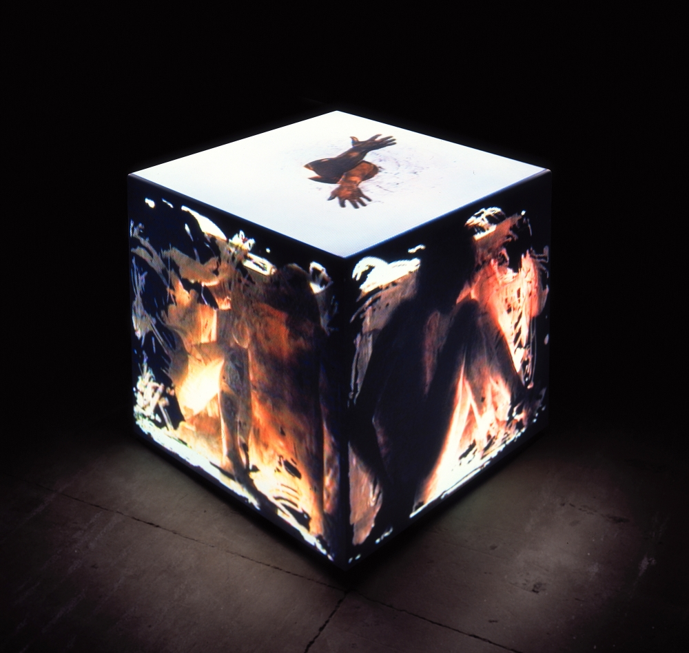 Sarkisian's cube: Santa Fe artist creates a box of mystery and illusion