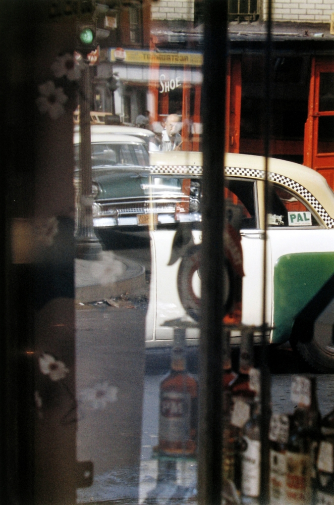 Saul leiter, Taxi, 1956, Howard Greenberg gallery, 2019