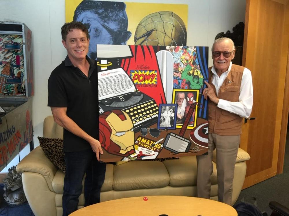 Burton Morris standing with Stan Lee