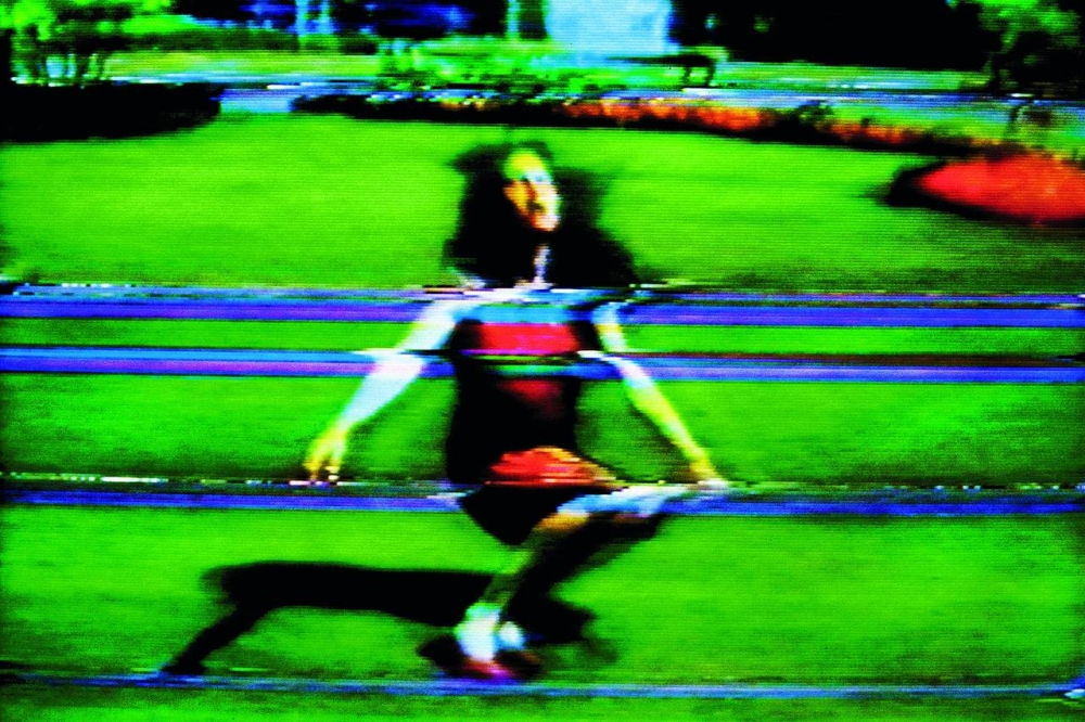 Rist video woman on green background
