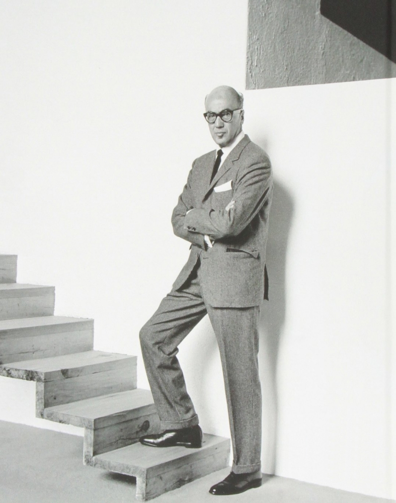 Biography / Luis Barragán (1902 - 1988)