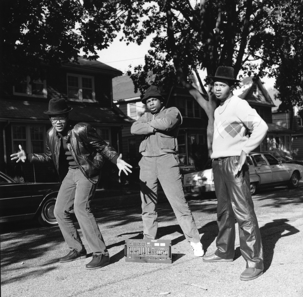 Janette Beckman - Hip-Hop History Comes to Life in a Series of 120 Amazing Photos by Samuel Braslow (LA Magazine)