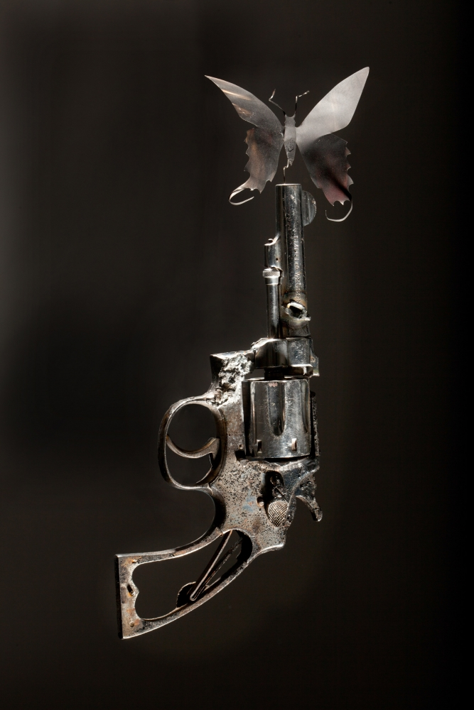 'Guns in the Hands of Artists,' a fresh book on a too-familiar topic