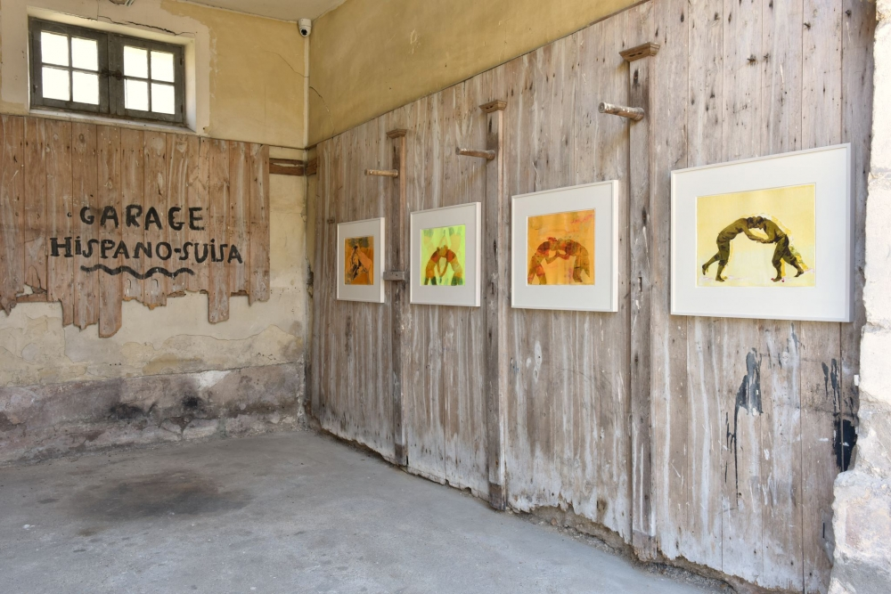I am crying because you are not crying, installation view at Château de Boisgeloup, Gisors, France. Photograph courtesy of Almine Rech Gallery, photo ⓒ Rebecca Fanuele.
