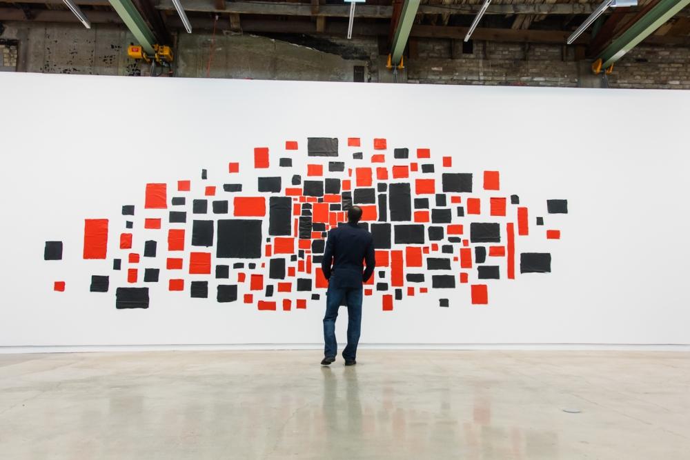 Abraham Cruzvillegas participa en The Contemporary Austin en Austin con su exposición Hi, How are you, Gonzo?