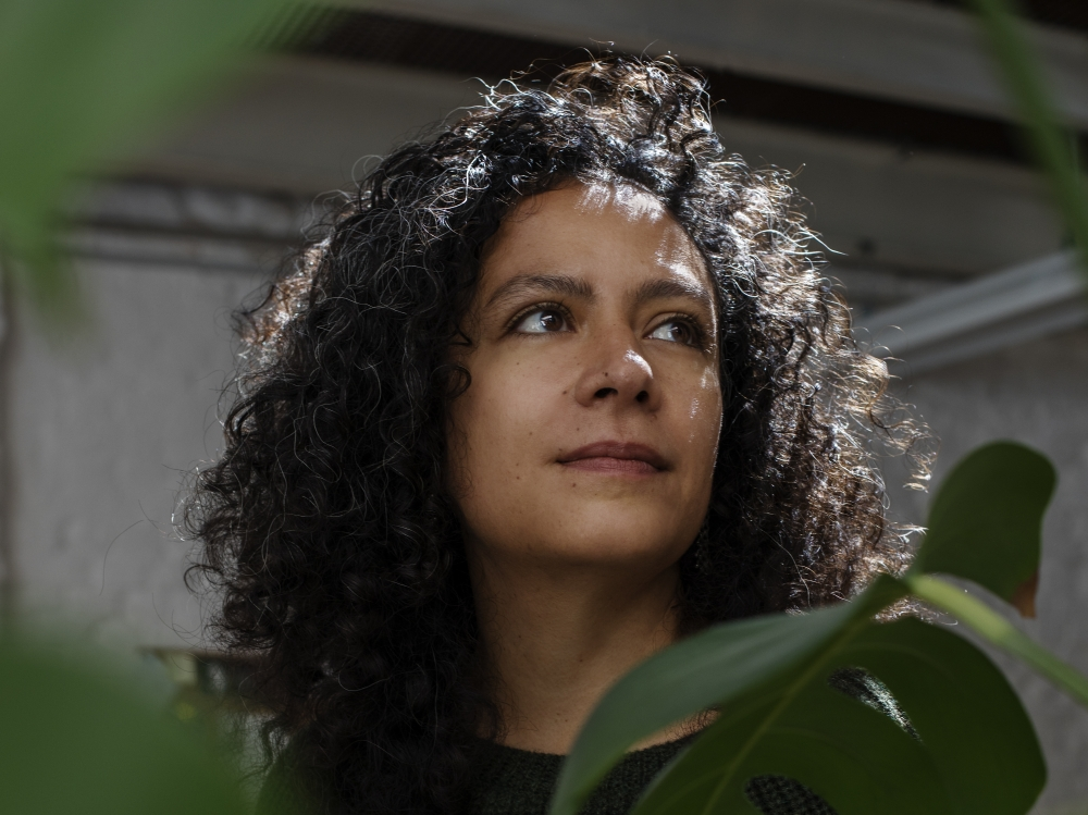 conversación: mariana castillo deball - in the studio