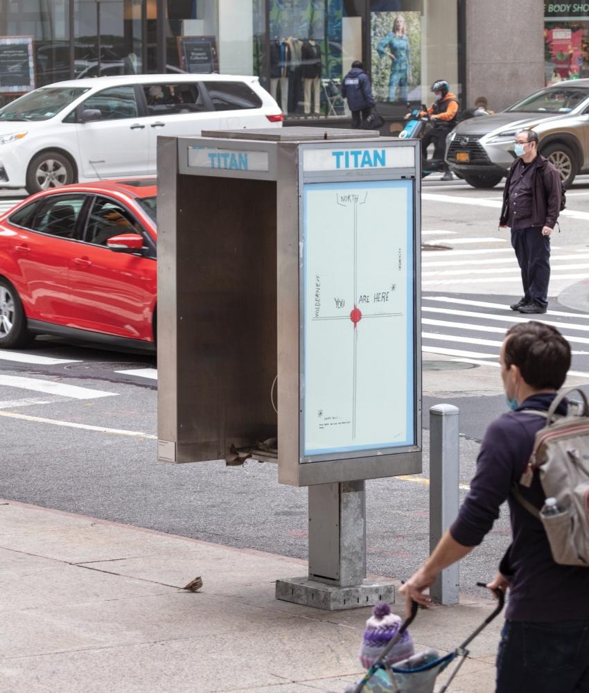 "prensa: Pay Phones Turned Into Public Art, in ""Titan"""