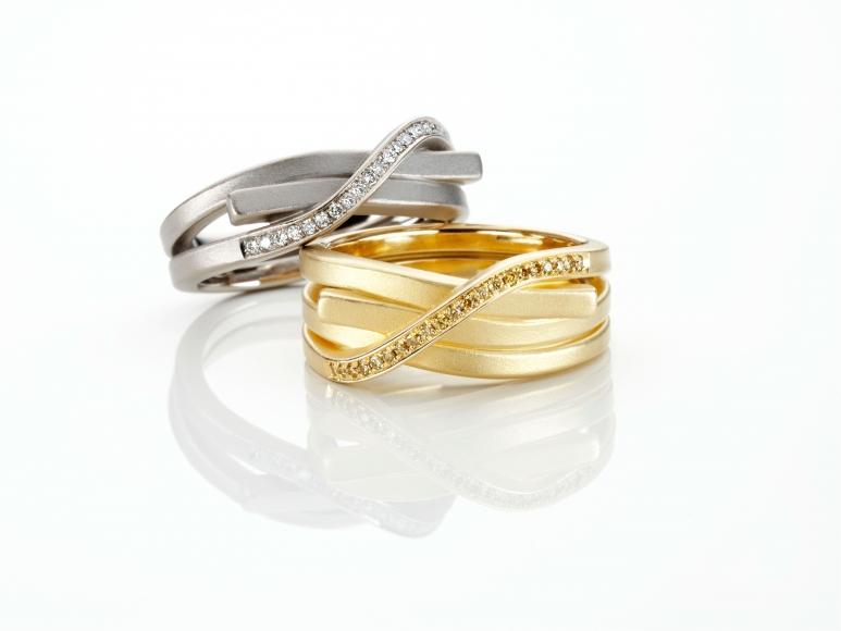 Oliver Schmidt Juni Knot Rings Knotenringe modern unique wedding bands