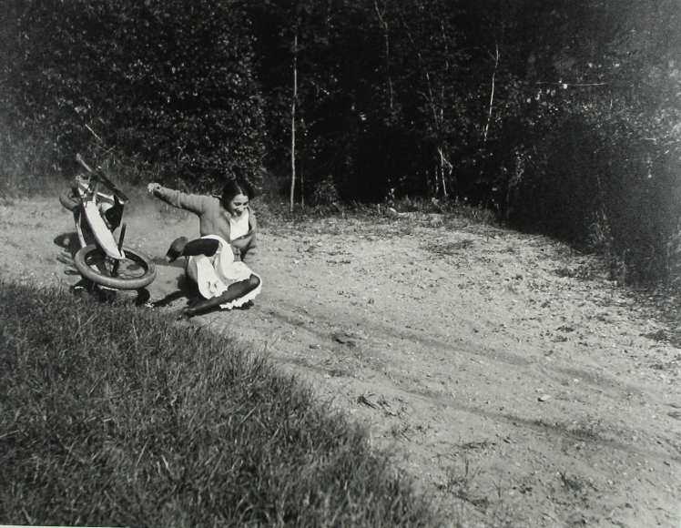 Jacques-Henri Lartigue - Simone, Rouzat, 1913 - Howard Greenberg Gallery