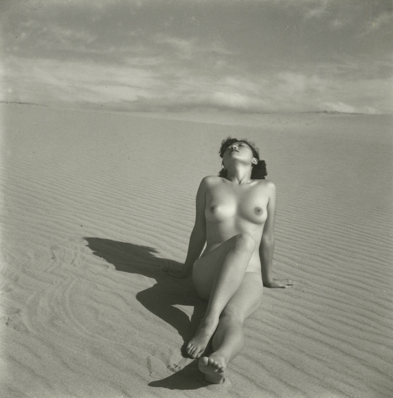 Shōji Ueda - Nude, 1951 - Howard Greenberg Gallery