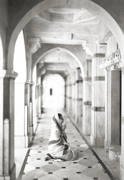 Kenro Izu - Palitana #453, Gujarat, India, 2010 - Howard Greenberg Gallery