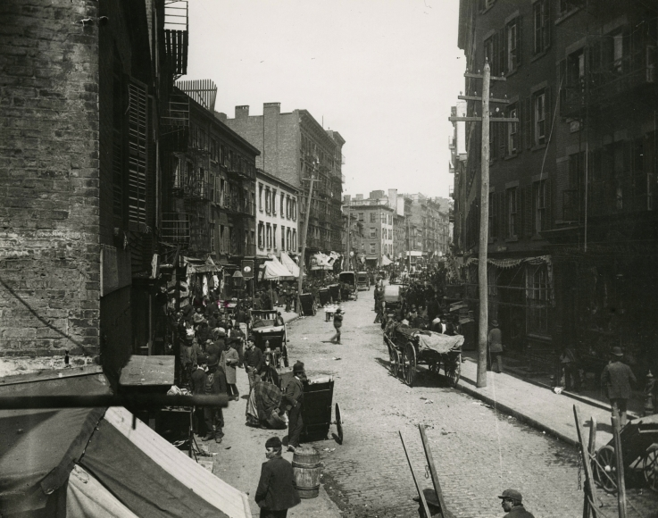 Jacob Riis - Mulberry Bend, c.1890 - Howard Greenberg Gallery