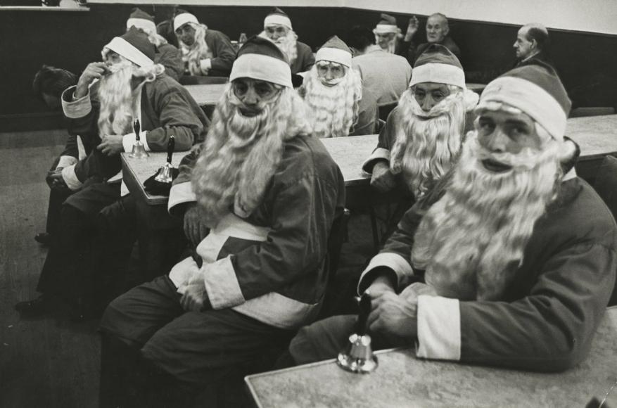 Dennis Stock - School for Santas, New York, 1961 - Howard Greenberg Gallery