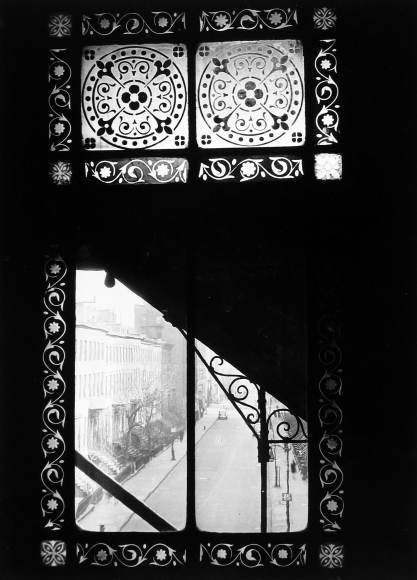 Arnold Eagle - Third Ave. El Window of 18th Station, 1936 - Howard Greenberg Gallery